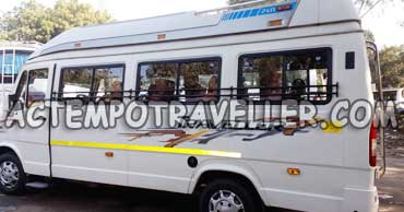 10 seater deluxe 1x1 tempo traveller