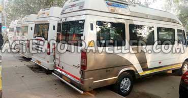 deluxe tempo traveller booking in delhi