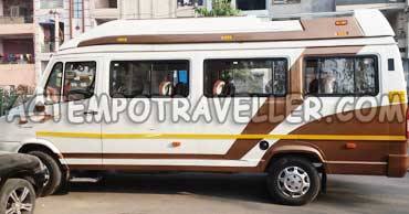 16 seater luxury tempo traveller