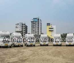 luxury tempo traveller hire in delhi