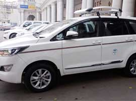 innova crysta taxi hire in delhi